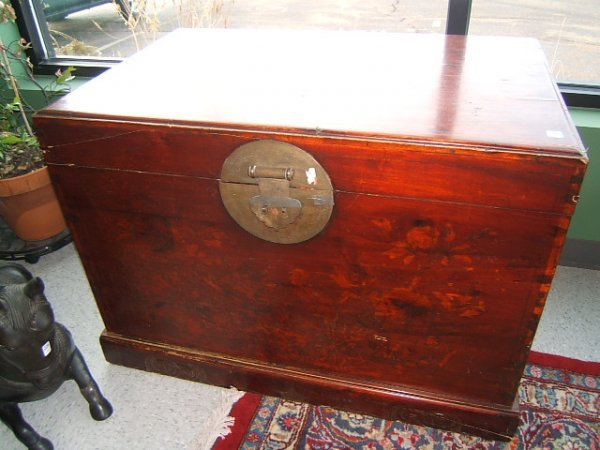 6070: LARGE ORIENTAL TRUNK WITH BRASS HARDWARE