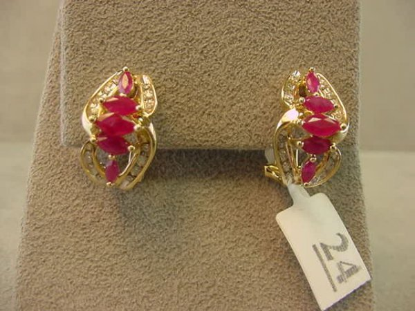 7024: 14K GOLD RUBY AND DIAMOND EARRINGS