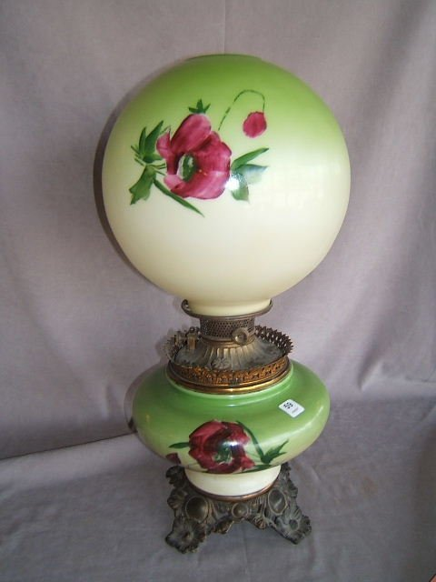 1059: HANDPAINTED B&H GONE WITH THE WIND LAMP