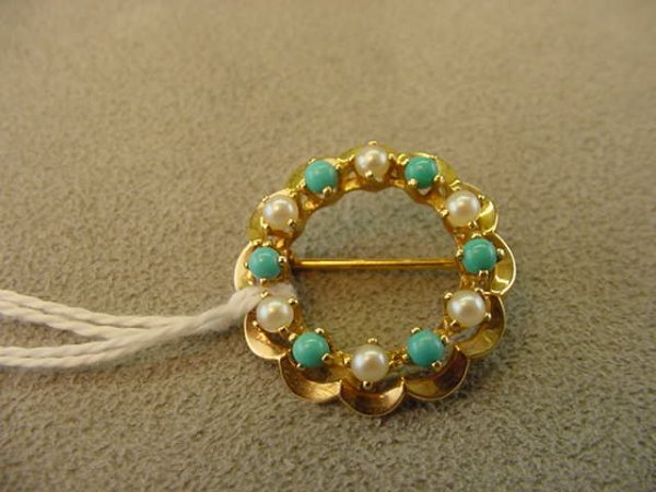1073: 14K GOLD PEARL AND TURQUOISE CIRCLE PIN