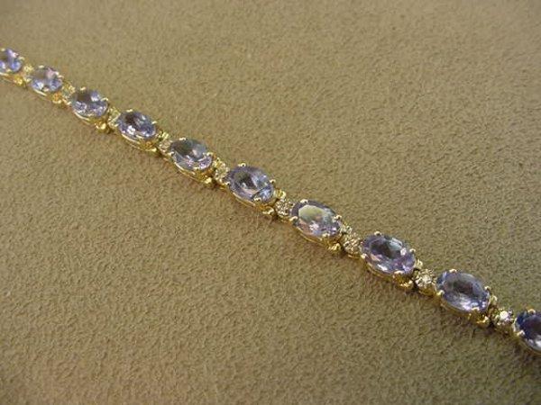 5005: 14K TANZANITE AND DIAMOND BRACELET