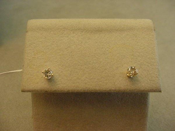 5015: 14K GOLD DIAMOND PIERCED EARRINGS