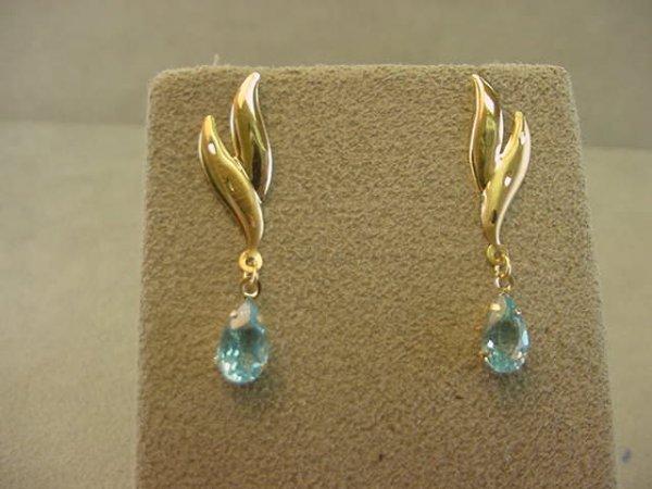 5023: 14K GOLD BLUE TOPAZ EARRINGS