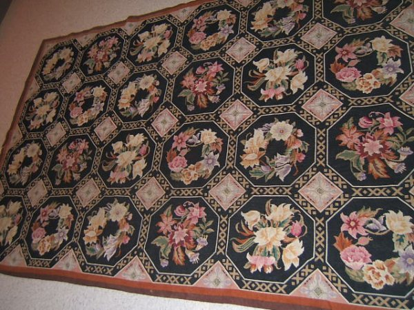 6014: NEEDLEPOINT RUG APPROX 6X9