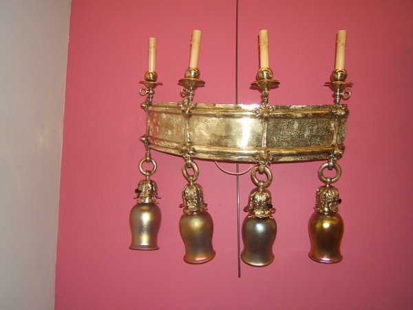 6012: 2 BRONZE SCONCE FIXTURES WITH 8 ART GLASS SHADES