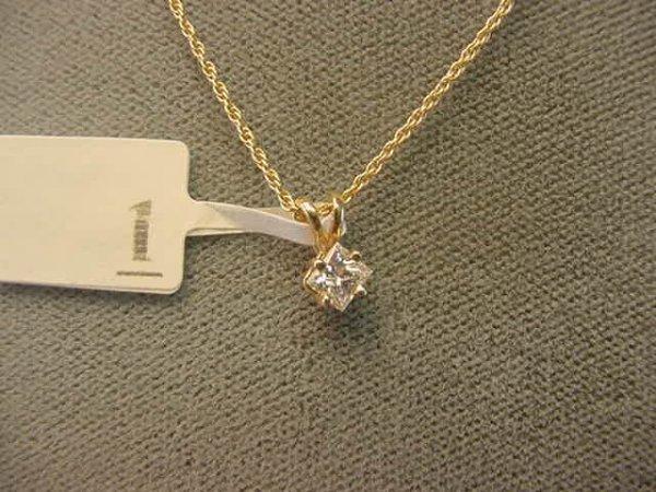8001: 14K GOLD PRINCESS CUT DIAMOND PENDANT