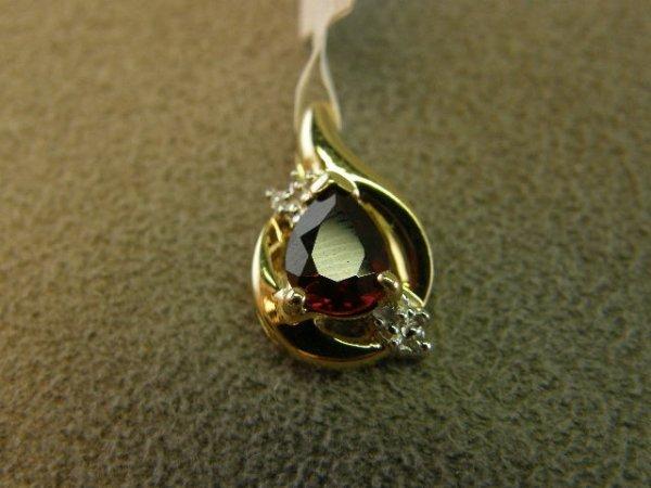4018: 10K GOLD GARNET AND DIAMOND PENDANT