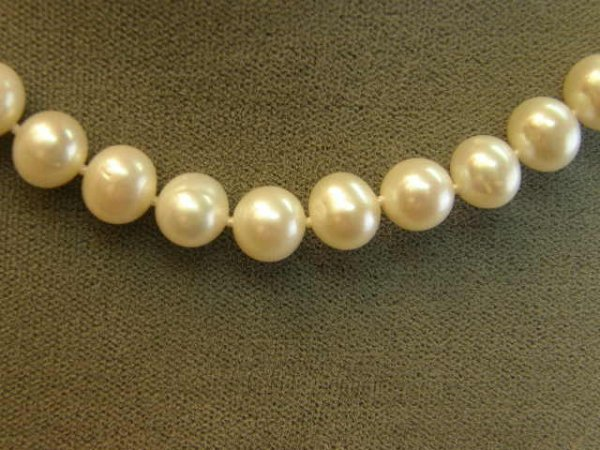 """4021: 15"""" STRAND FRESHWATER PEARLS WITH STERLING CLASP"""