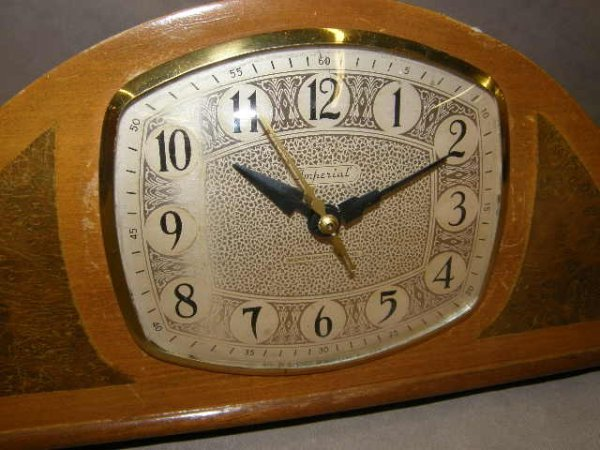 5235: IMPERIAL WESTMINSTER CHIME ELECTRIC CLOCK - 2
