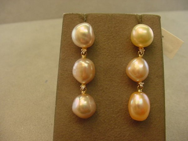 6009: 18K ROSE GOLD PEARL AND DIAMOND EARRINGS
