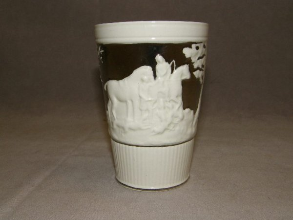 7060: 7 SCENIC DECORATED SILVER LUSTRE TUMBLERS