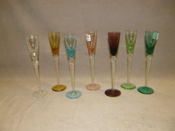 7062: 7 BICOLOR GLASS GOBLETS