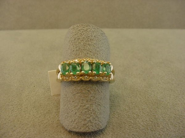8013: 14K GOLD EMERALD AND DIAMOND RING