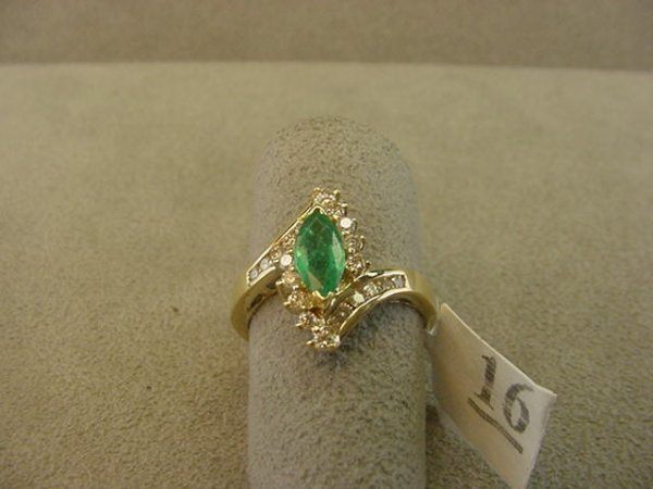 8016: 14K GOLD EMERALD AND DIAMOND RING