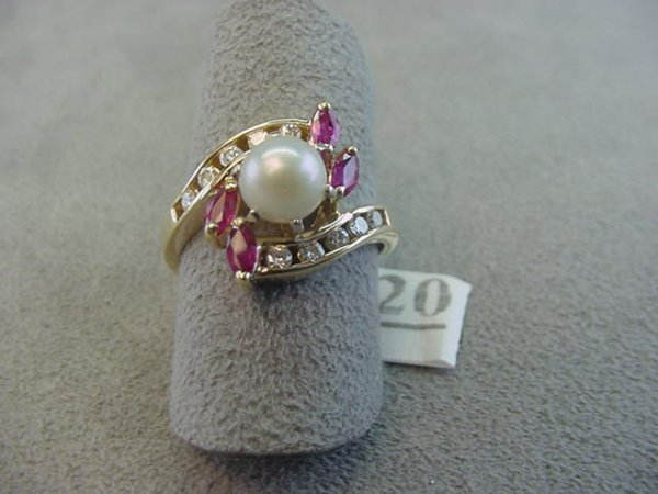 8020: 14K GOLD PEARL, RUBY AND DIAMOND RING