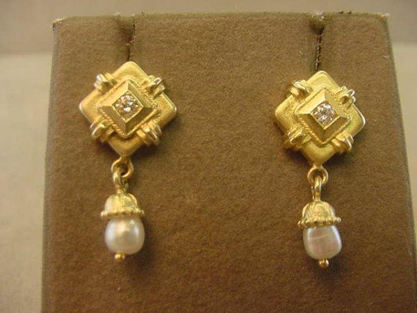 9003: 14K GOLD DIAMOND AND PEARL EARRINGS