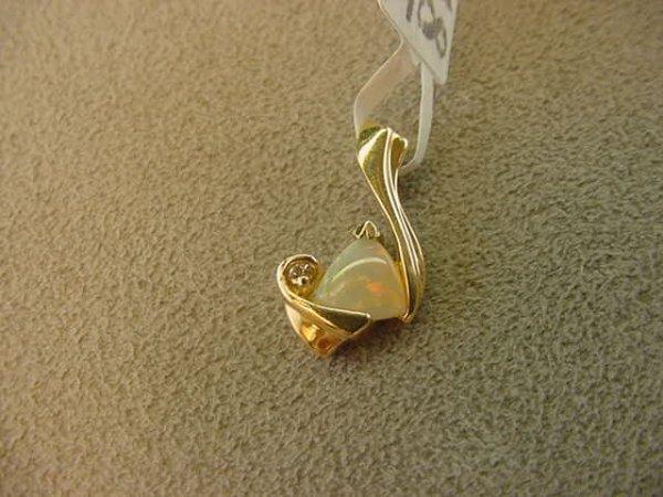 9018: 14K  GOLD OPAL AND DIAMOND PENDANT