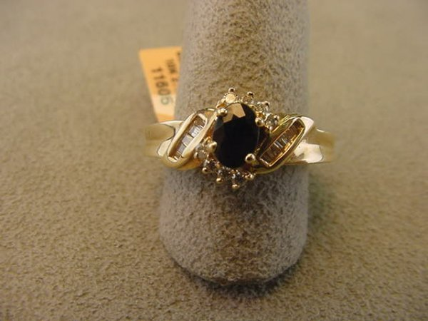 6009: 10K GOLD BLUE SAPPHIRE AND DIAMOND RING