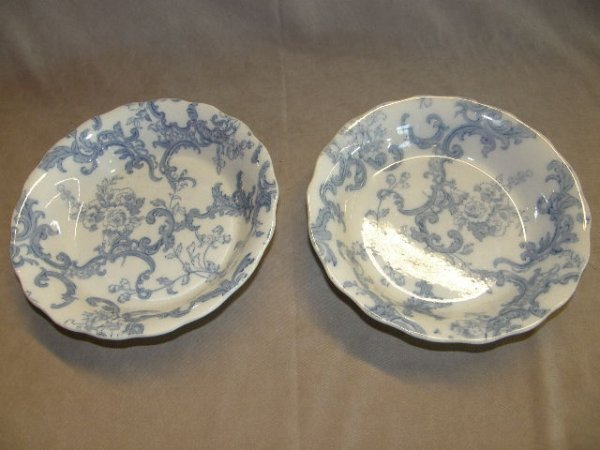 "8006: 4 WILLIAMSON  ""BLENHEIM"" BOWLS"