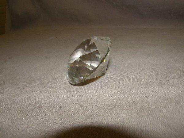 9014: SWAROVSKI CRYSTAL DIAMOND WITH BOX