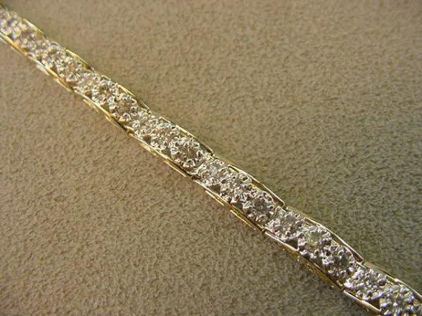1006: 10K GOLD 2.25 CT TW DIAMOND BRACELET