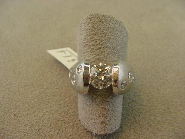 1314: PLATINUM 1.11 CT DIAMOND RING