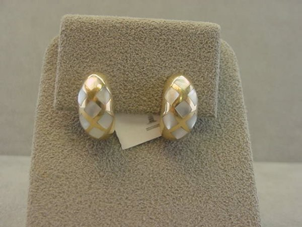 4016: 10K GOLD MOTHER OF PEARL EARRINGS