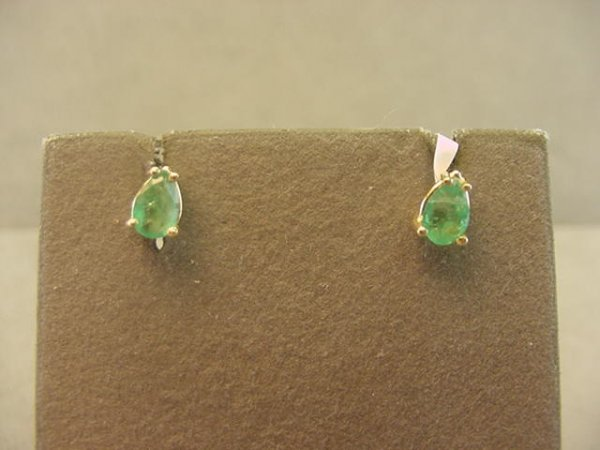 4024: 14K GOLD PEAR SHAPE EMERALD EARRINGS