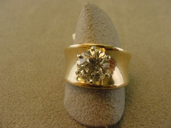 4136: 14K GOLD 2.23 CT DIAMOND RING