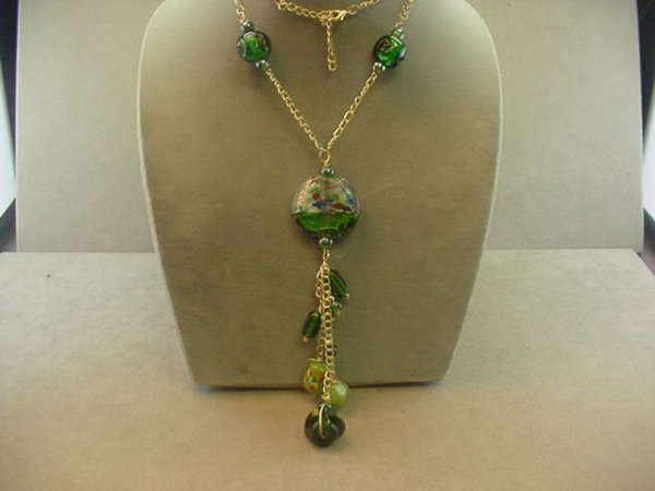 "1016: 28"" METAL AND ART GLASS BEAD NECKLACE"