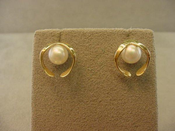 3012: 14K GOLD CULTURED PEARL EARRINGS