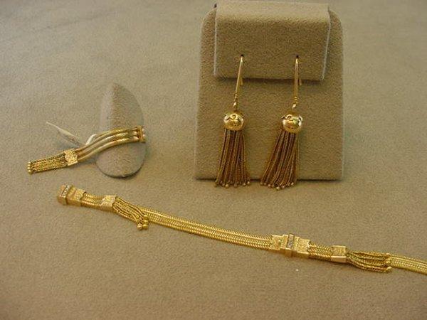 3156: ANTIQUE 14K GOLD TASSEL DESIGN RING & BRACELET