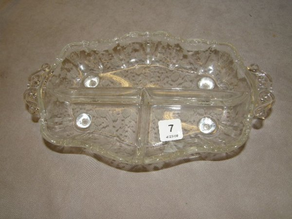 4007: ETCHED GLASS RELISH TRAY