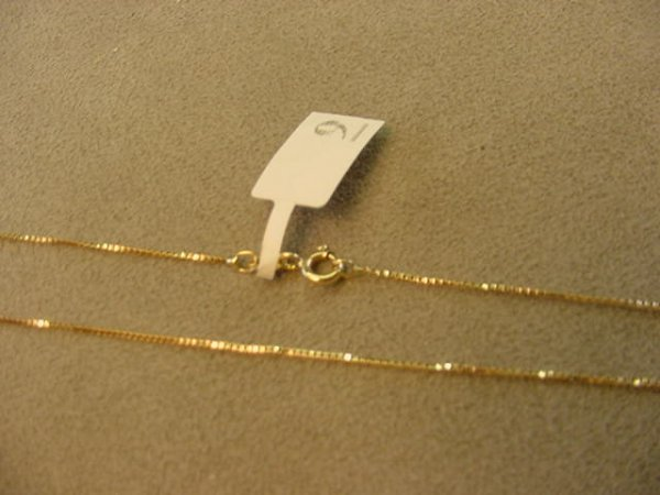 6009: 1 20 INCH 10K GOLD BOX LINK CHAIN--WORN