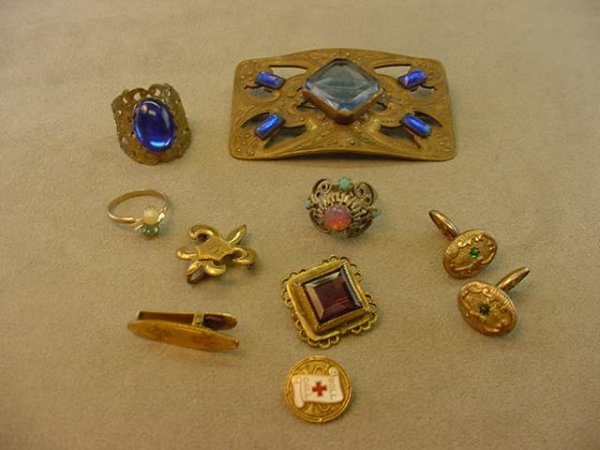 6011: BAG OF ANTIQUE PINS, RINGS, ETC