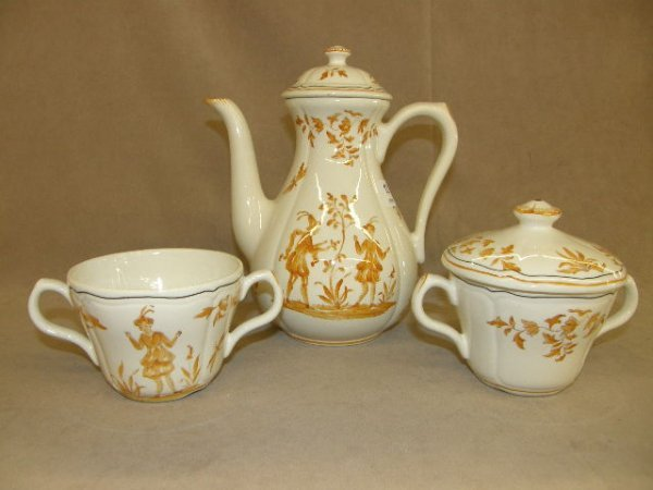 7012: 3-PIECE HANDPAINTED CERAMIC TEASET