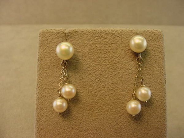 1014: 14K WHITE GOLD PEARL EARRINGS
