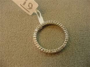 10K WHITE GOLD DIAMOND CIRCLE PENDANT