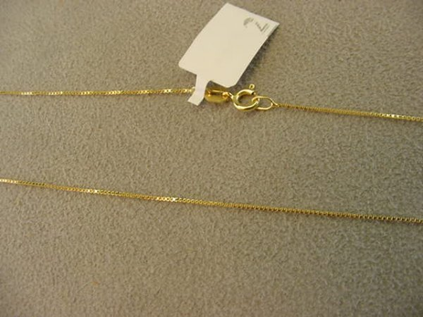 5002: 1 22 INCH 14K GOLD BOX LINK CHAIN