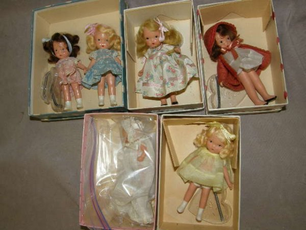 7455: 6 VINTAGE STORYBOOK DOLLS IN BOXES