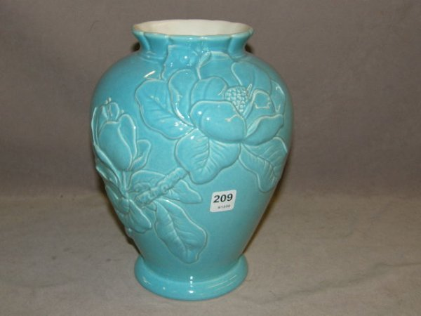 7209: RED WING POTTERY VASE