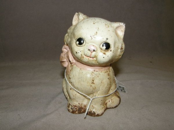 7212: CAST IRON PAINTED CAT FIGURE