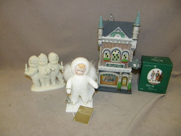 7216: GROUP OF DEPT 56 BUILDINGS AND ACCESSORIES, ETC