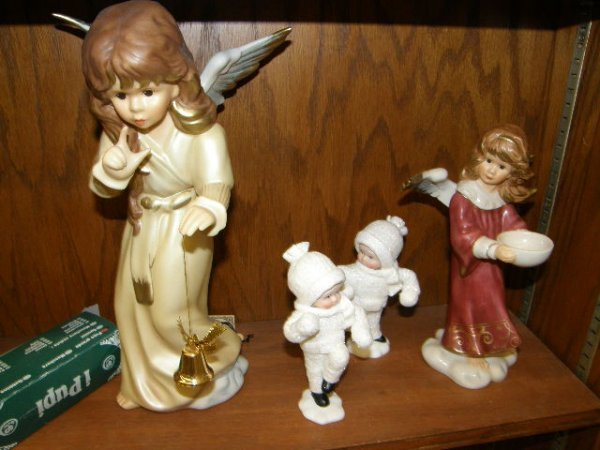 7229: GROUP OF GOEBEL, ETC FIGURAL ITEMS
