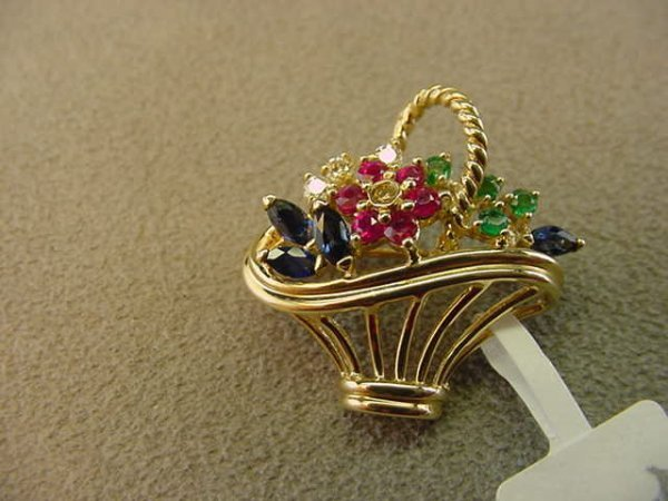 8227: 14K GOLD BLUE SAPH,RUBY,EMERALD FLOWER BASKET PIN