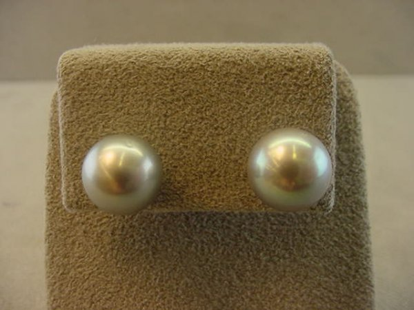 2003: 14K WHITE GOLD DYED SILVER PEARL EARRINGS