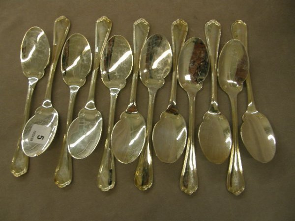 3005: 12 CHRISTOFLE SILVERPLATE SPOONS