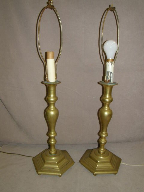 3009: PAIR OF HEAVY BRASS LAMPS