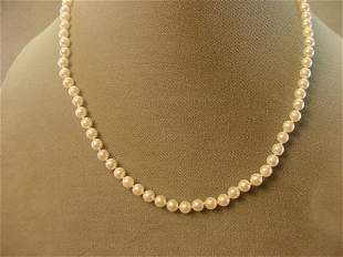 """18"""" CULTURED PEARLS WITH 14K GOLD CLASP"""