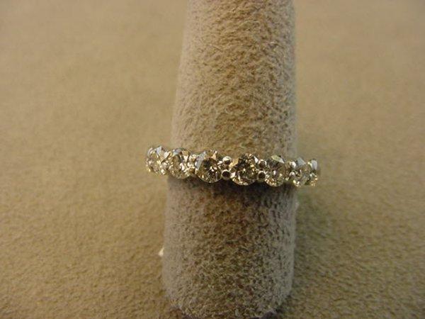 5365: 14K WHITE GOLD DIAMOND ETERNITY BAND
